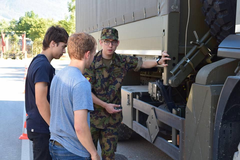 Initiative armée solidaire - Permis de conduire