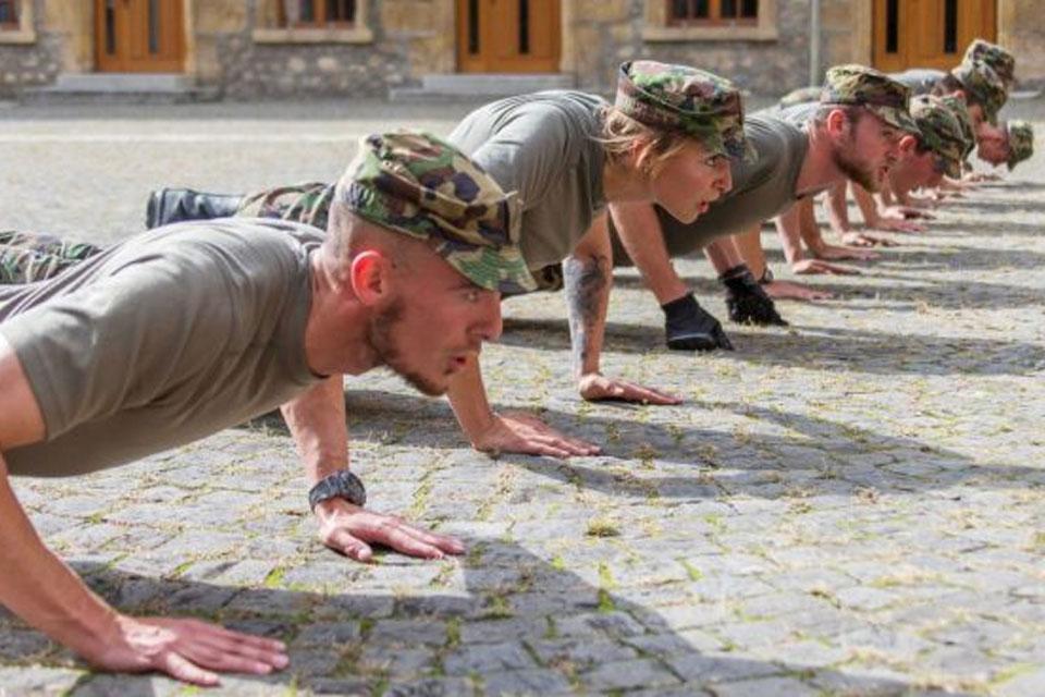 Initiative armée solidaire - Entrainement sportif